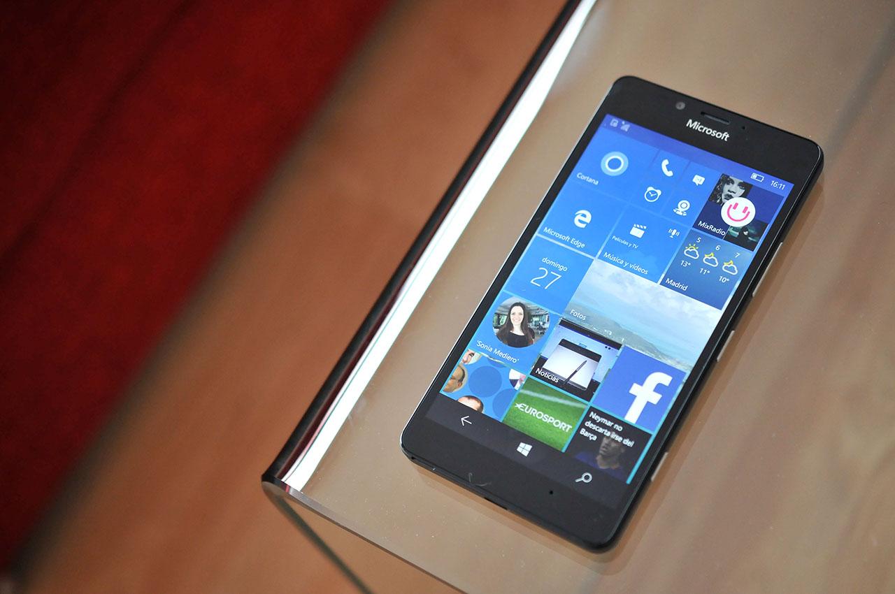 Microsoft Lumia 950 - 22