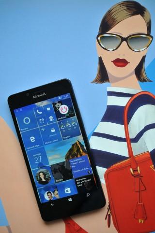 Microsoft Lumia 950 - 23