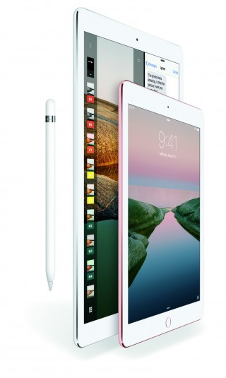 iPadPro-ApplePencil-Splitview-Vert_PR-PRINT_resize