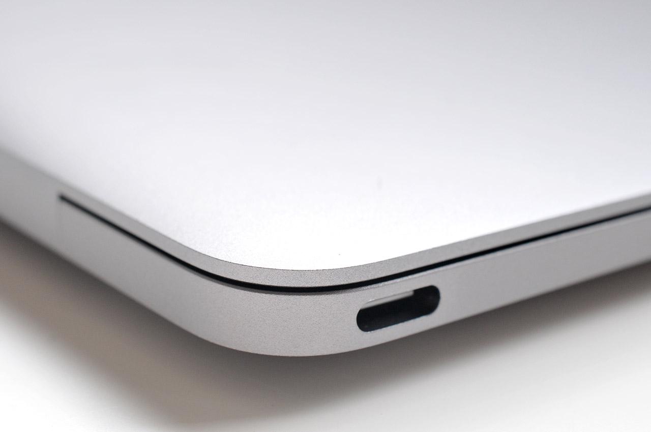 MacBook - 4