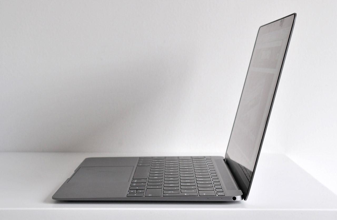 MacBook - 7