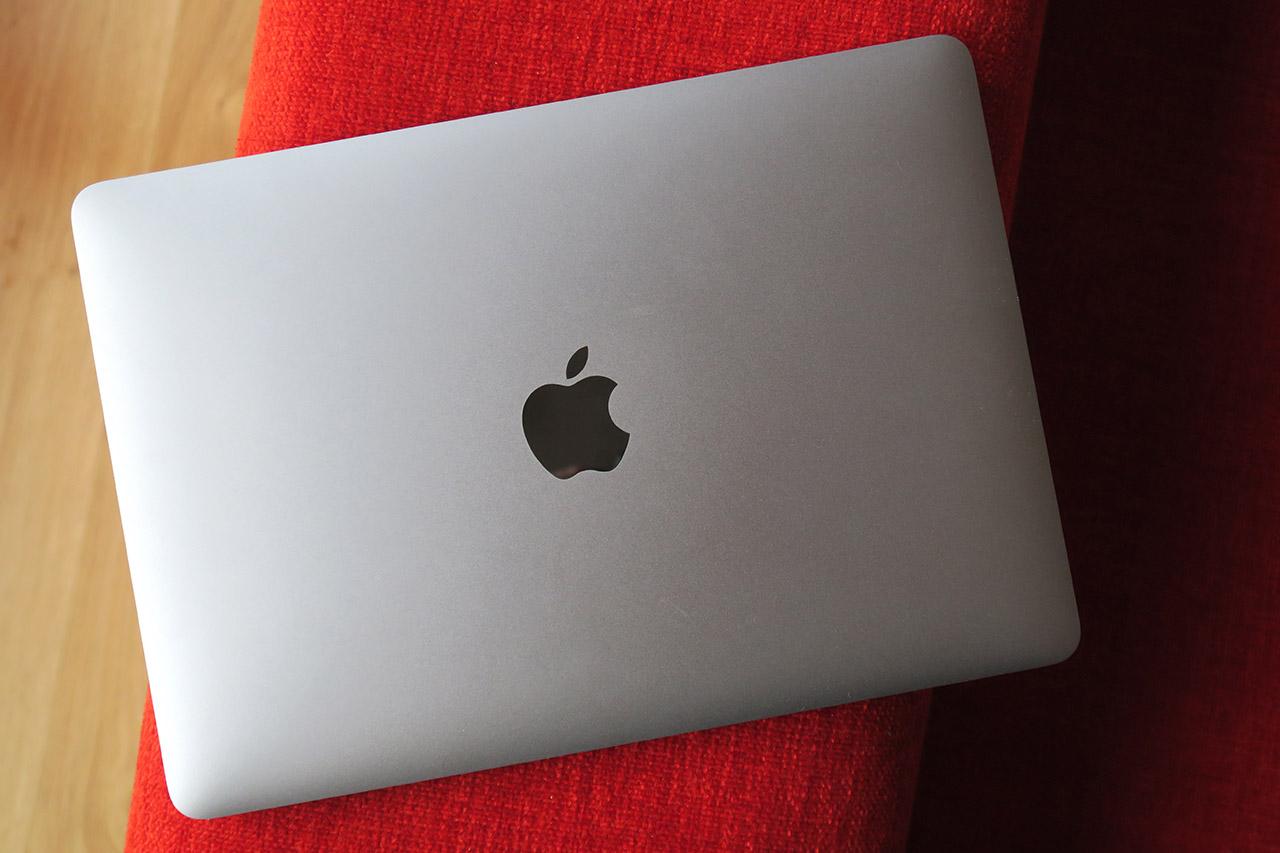 MacBook - 8