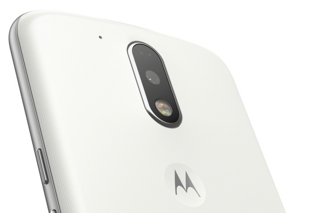 Moto-G-Plus_White-Back-Close-Up-1200x797[1]