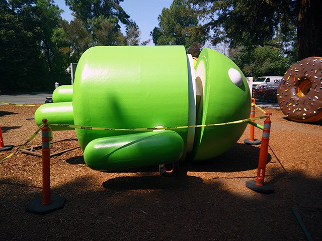 android-statue-repair[1]