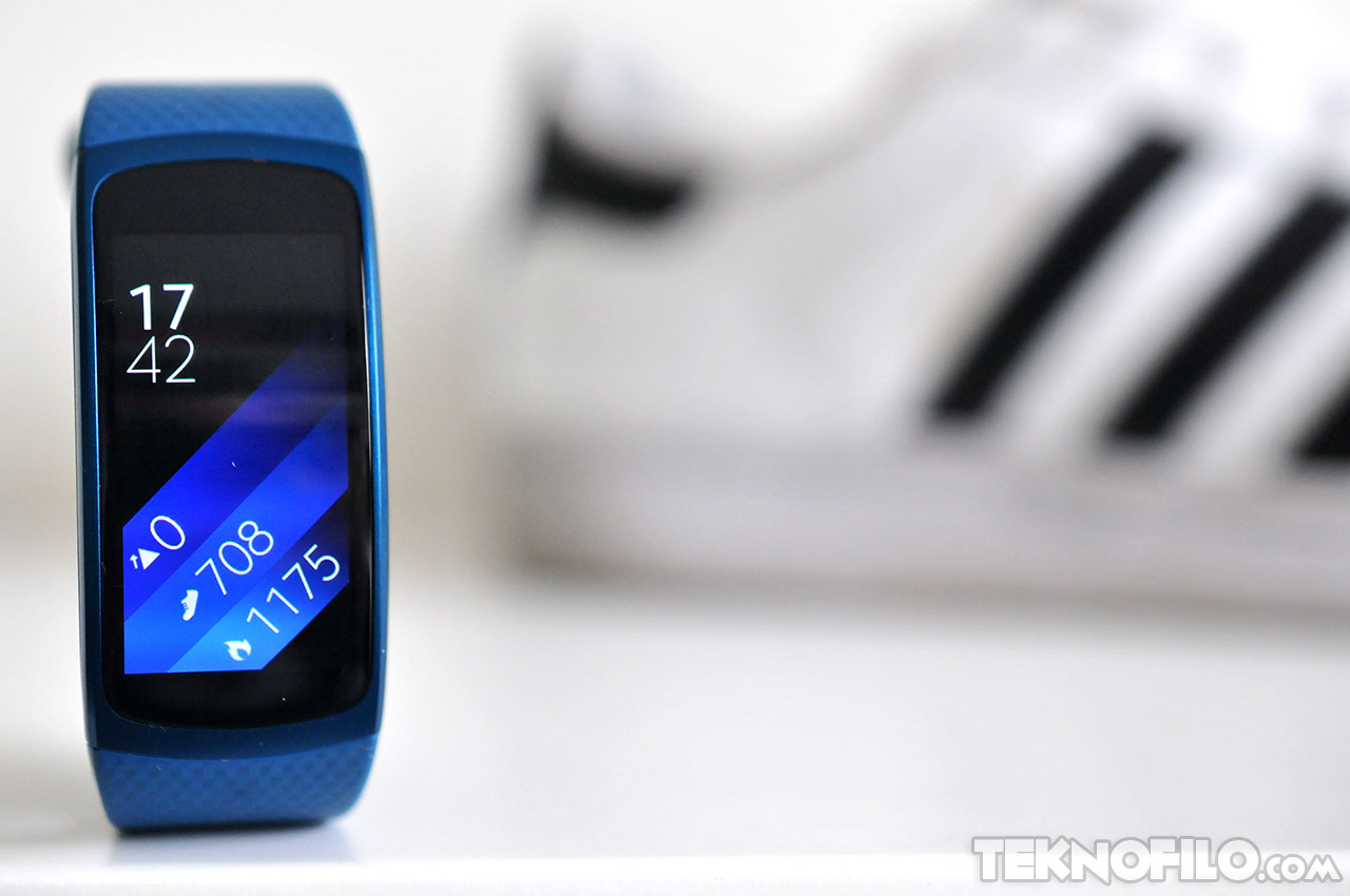 analisis-samsung-gear-fit-2-teknofilo-1