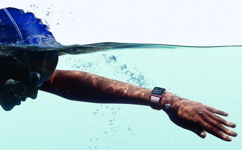 watch-lifestyle-swimming_pr-print