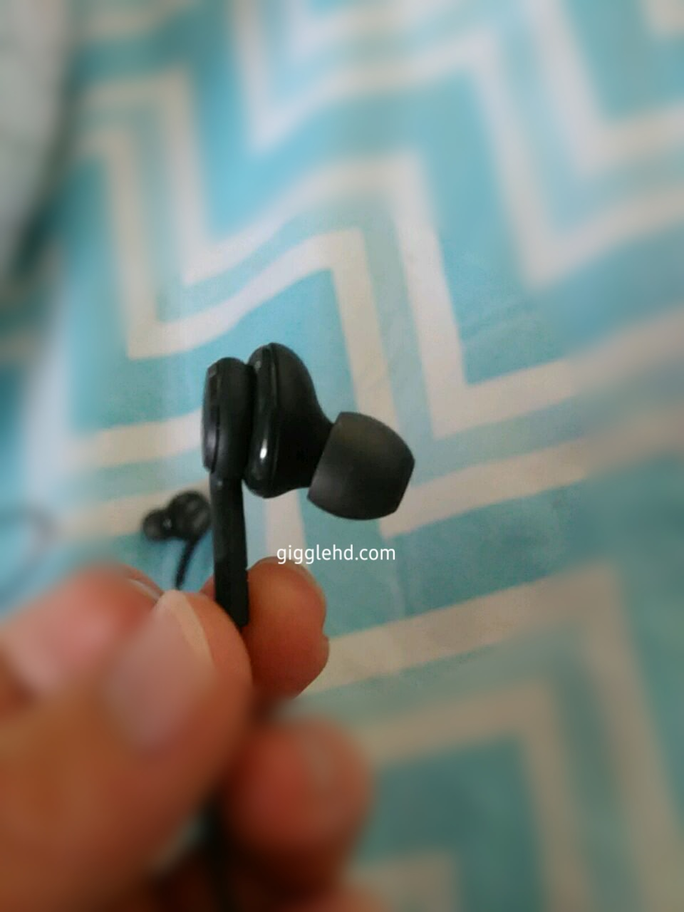 Así son los auriculares AKG que vendrán con el Samsung
