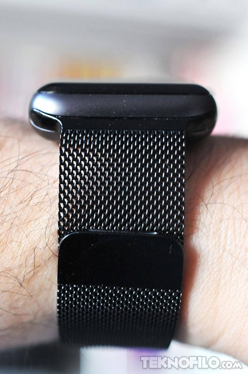728557eb2d3 El Apple Watch Series 3 cuenta con un cuerpo rectangular con cristal  curvado y está fabricado en materiales sofisticados y resistentes.