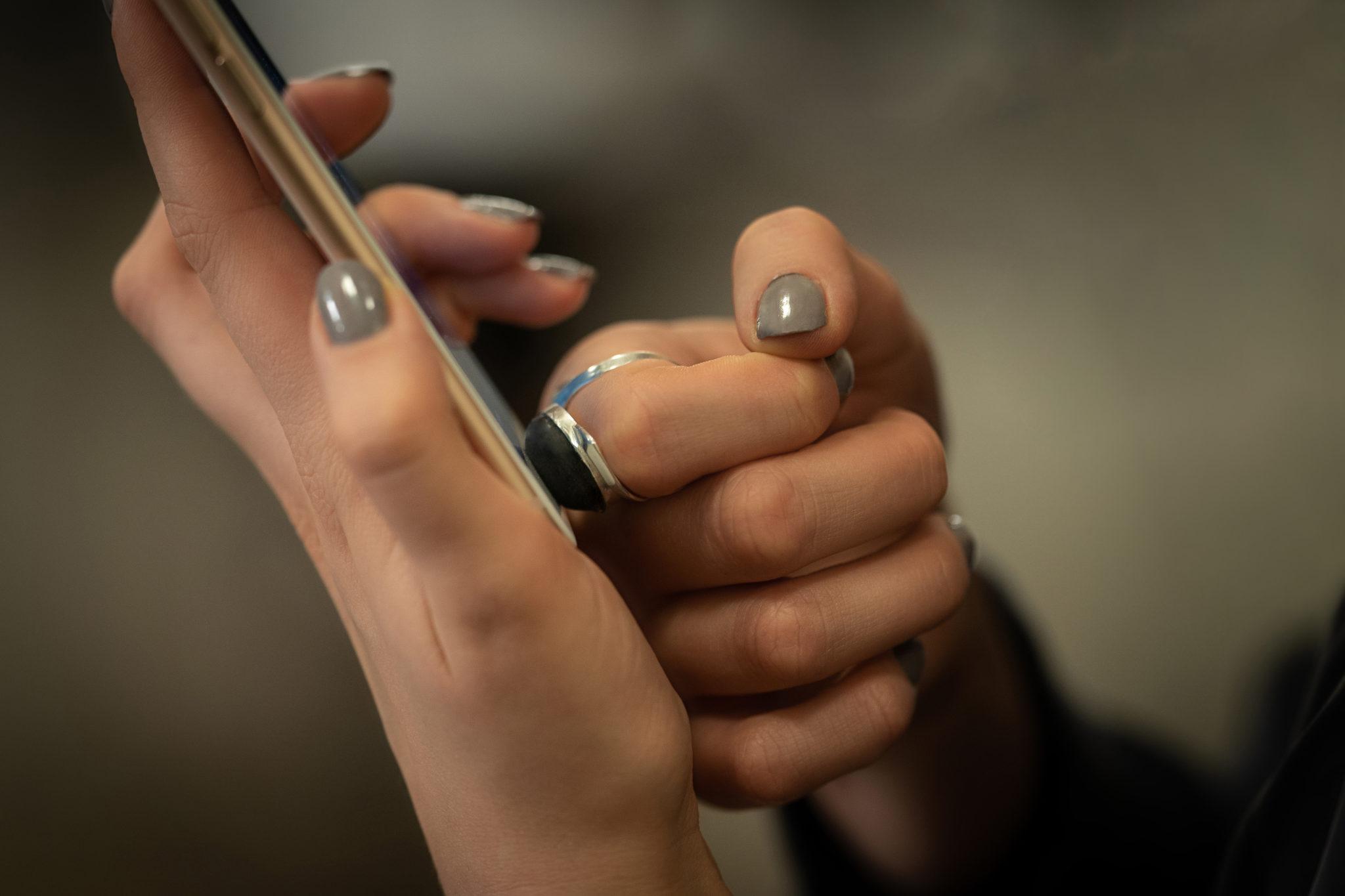Anillo Kapersky con huella dactilar