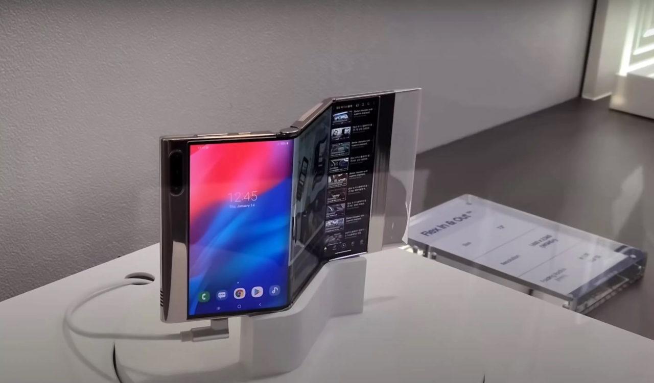 Samsung muestra un móvil plegable con dos bisagras y pantalla de 7.2″ - HTCMania